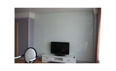 Отделка стен стеклом фото